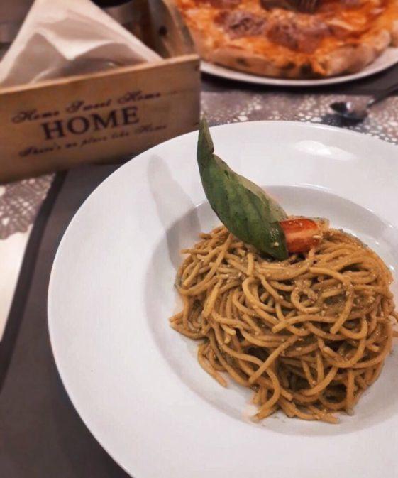 Home pizza & pasta: Το «σπίτι» σας στην Αντίπαρο!