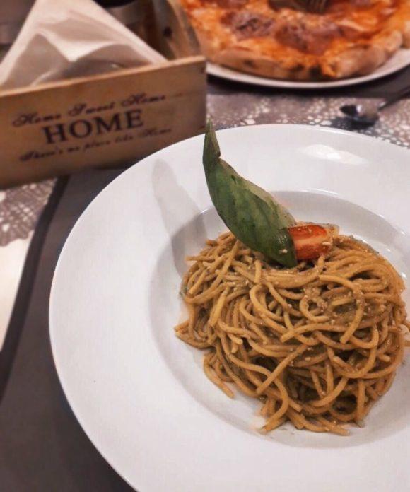 "Home pizza & pasta: Το ""σπίτι"" σας στην Αντίπαρο!"