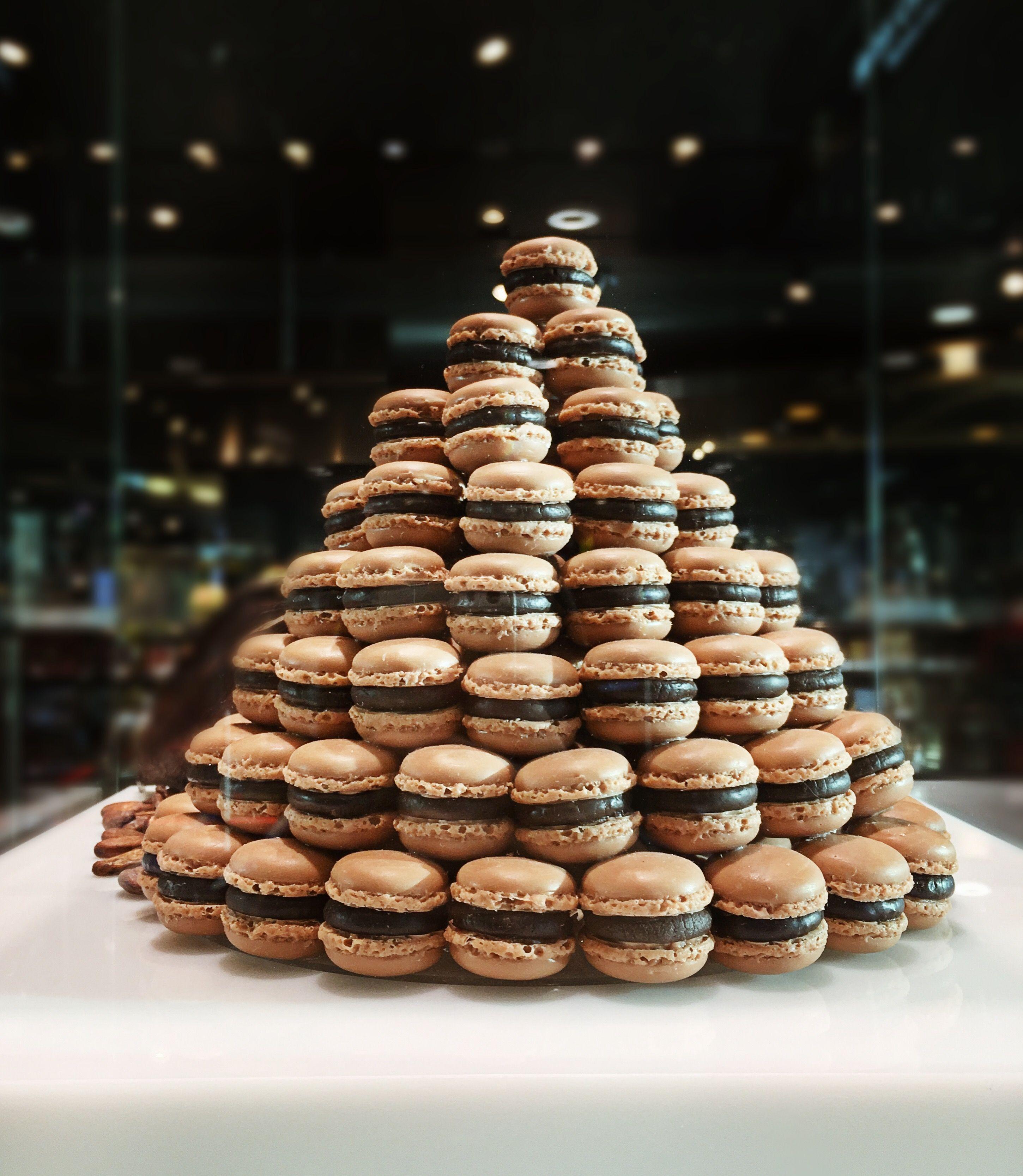 macarons-foodie-destination