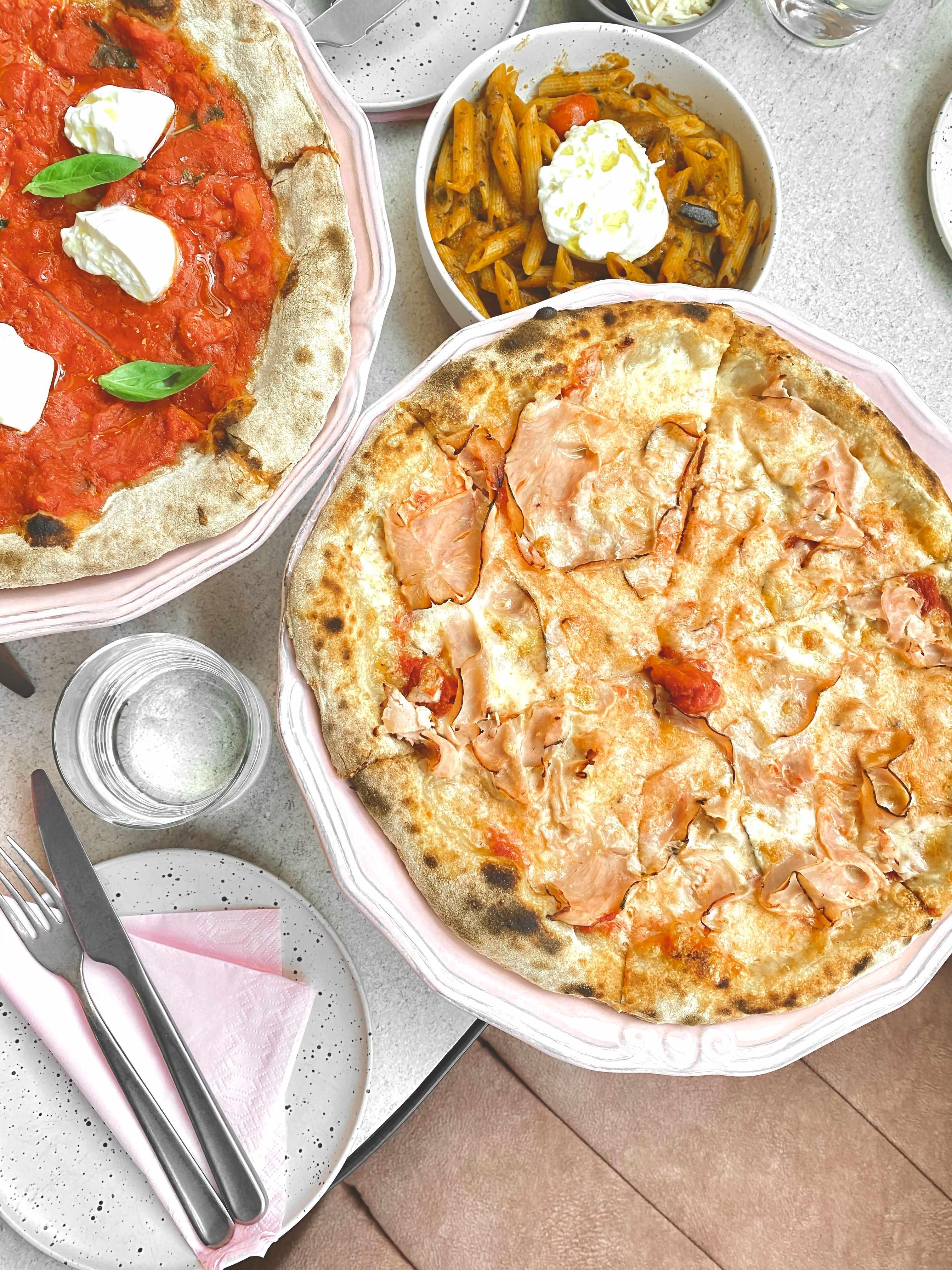 etien-pizza-bar-athens
